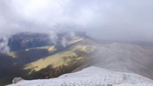 Карпаты занесло снегом: на высокогорьях ударил мороз