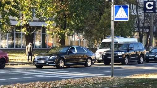 Киевляне сняли кортеж Суркиса, который летел по встречке на Куреневке: возмутительное видео