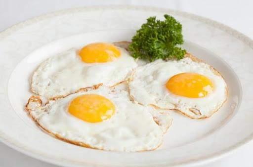 Снідайте яєчнею