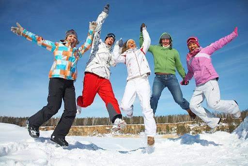 У горах краще мати яскравий одяг