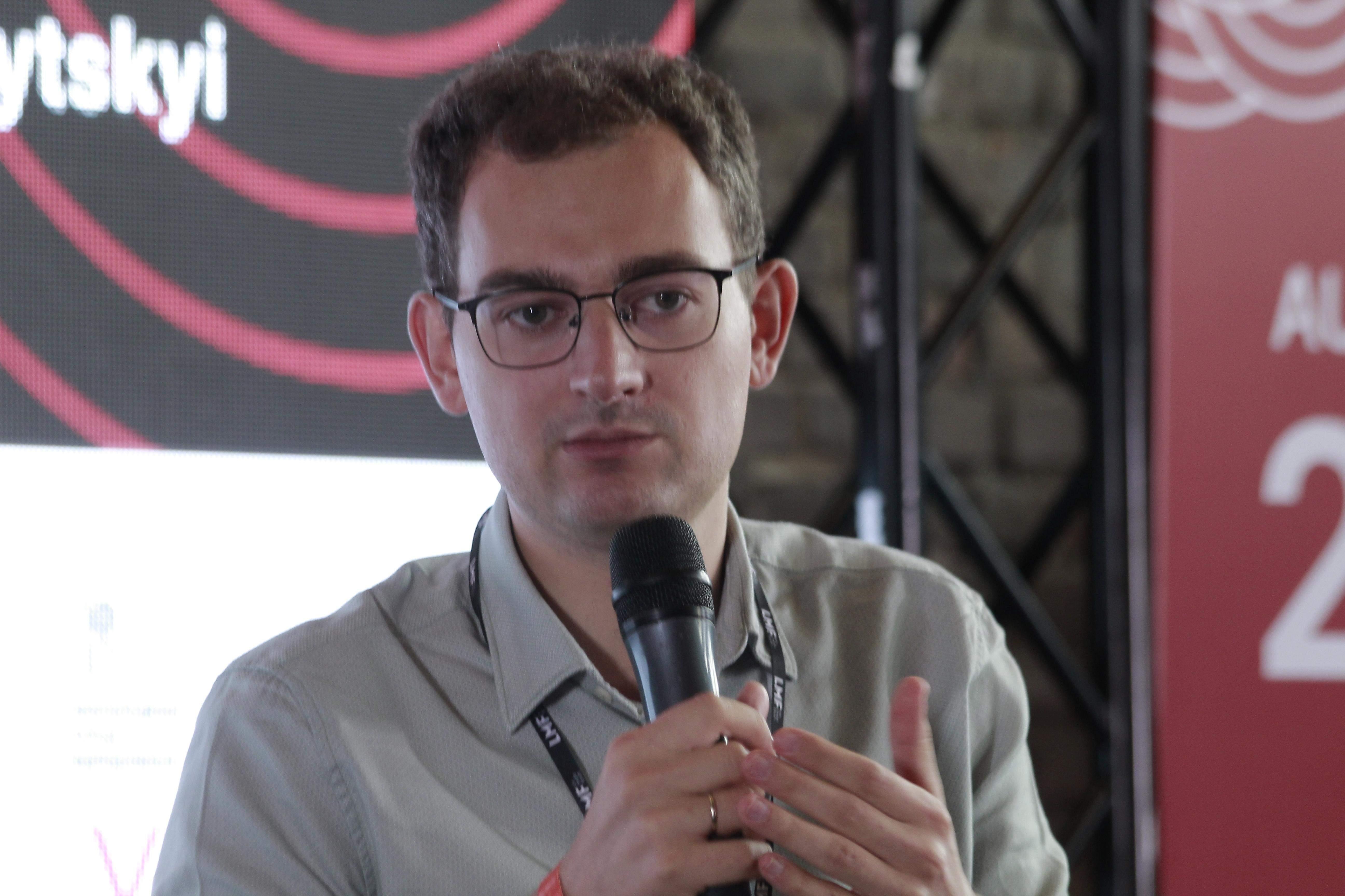 Артем Шрайбман, аналітик