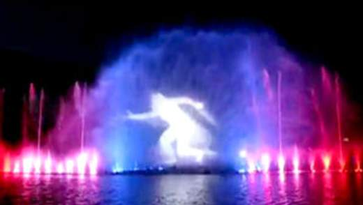 Фонтан Вроцлава - один из самых больших мультимедийных фонтанов в Европе