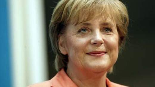 Німецькі футболісти кажуть, що Меркель хоче приїхати на фінал ЄВРО до Києва