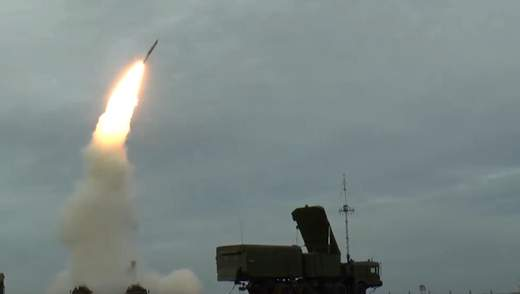 """Військова база Крим: як півострів перетворюється на """"мавпу з гранатою"""""""