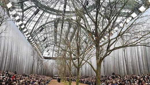 Дизайнер Chanel обрав для модного показу незвичне місце  дивовижні фото cf43de43fdd4e