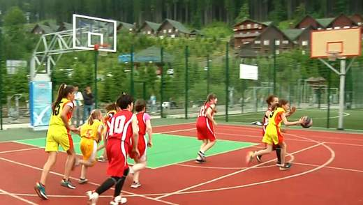 У Буковелі пройшов юнацький чемпіонат області з баскетболу