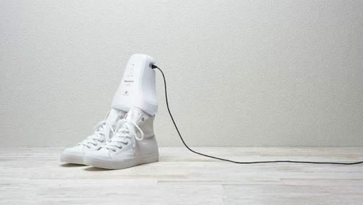 Panasonic розробили пристрій, що бореться з неприємним запахом ніг