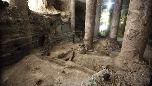 Археологічні знахідки на Поштовій: чи створять на місці розкопок музей