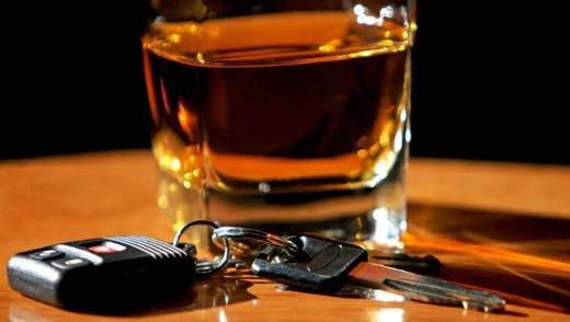 Безпорадність нової патрульної поліції: чому копи дозволяють п'яним мажорам себе принижувати
