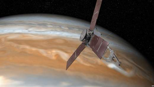 """Коричневая """"баржа"""" Юпитера – увлекательное фото из космоса"""