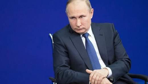 Почему путинский режим начинает стремительно падать