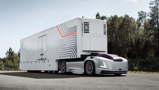 Вантажні перевезення майбутнього: робомобілі Vera без кабіни від Volvo Trucks