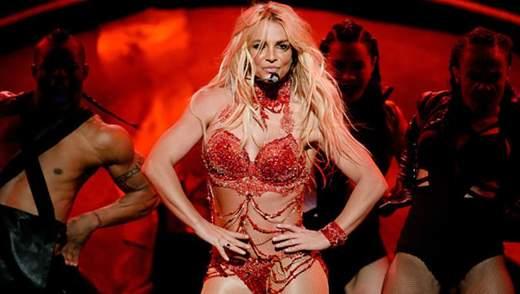 Бритни Спирс снялась в рекламе в белье и латексных чулках: горячее видео