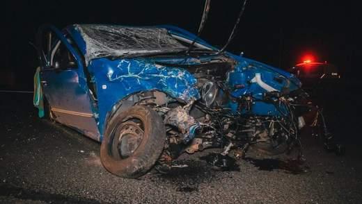 Українські футболісти потрапили в аварію під Києвом, є постраждалі: фото