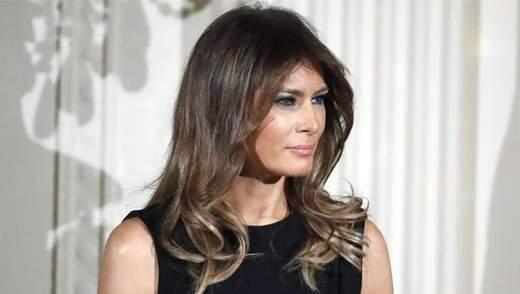 Мелания Трамп появилась на официальную встречу в приталенном платье: эффектные фото