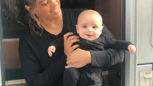 Ева Лонгория очаровала сеть 4-месячным сыном, который заметно подрос: трогательные фото