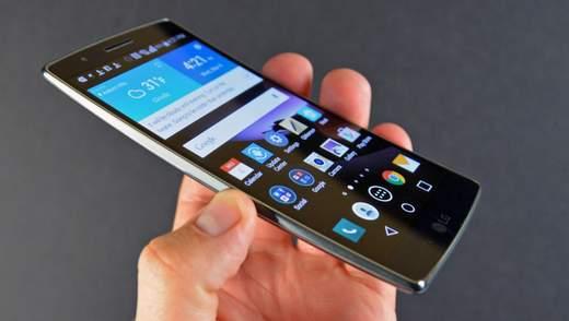 Революційно новий:  LG запатентувала гнучкий смартфон