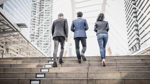 5 переконливих причин підніматися сходами, а не ліфтом