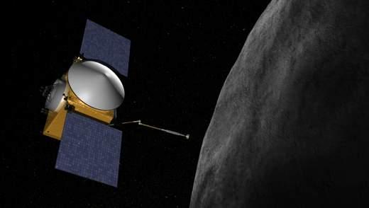 Аппарат OSIRIS-REx нашел на астероиде Бенну следы воды