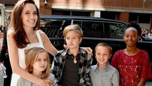 Не хочу, чтобы они были абсолютно послушными, – Анджелина Джоли рассказала о воспитании детей