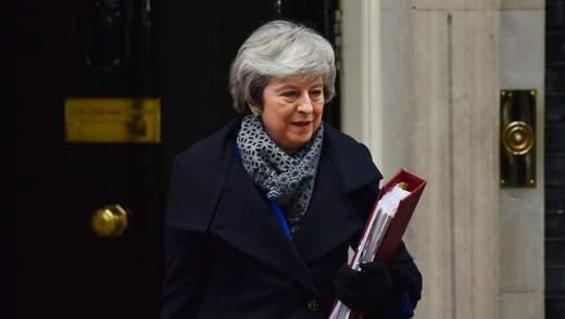 Парламент Великобритании не поддержал отставку правительства Мэй