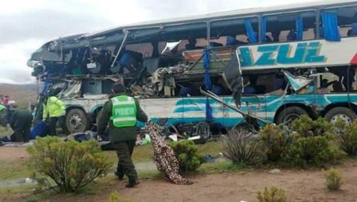 Кривава ДТП у Болівії: багато загиблих та постраждалих