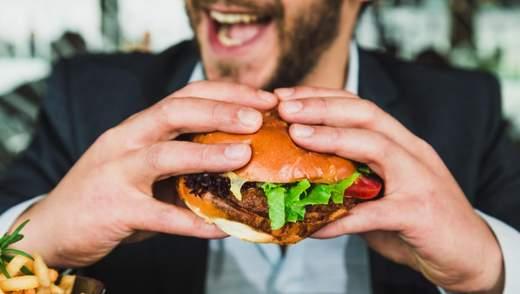 Есть жареную еду и не набирать вес можно: интересное исследование