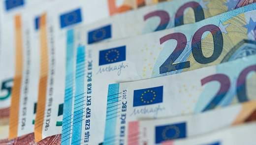 Готівковий курс валют 11 березня: євро продовжує стрімко дешевшати