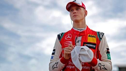 Шумахер дебютує на тестах Формули-1 за кермом Ferrari