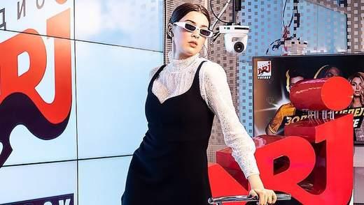 Скандальна співачка MARUV після перемоги на премії YUNA поїхала в Росію