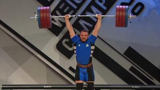 Українець Дмитро Чумак здобув три золота на чемпіонаті Європи з важкої атлетики