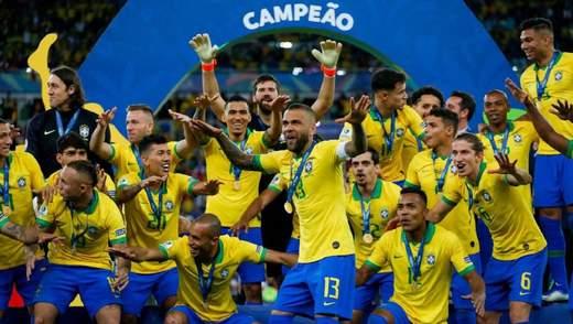 Бразилия в напряженном финале Копа Америка победила Перу