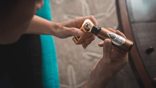 Электронные сигареты и вейп связывают с загадочной болезнью