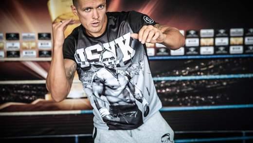 Усик рассмешил британскую публику: боксер скорчил смешное лицо на камеру (видео)