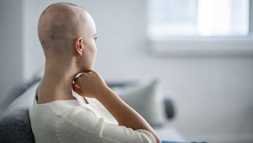 Створили безпечний для волосся метод лікування раку
