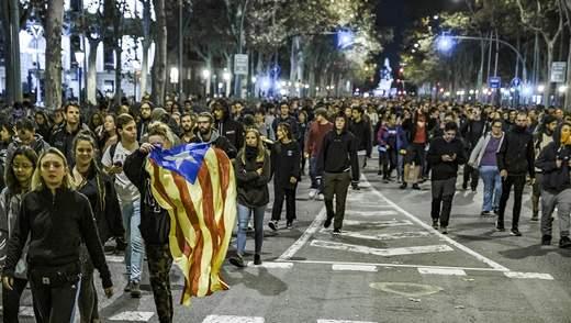 В Барселоне студенты парализовали работу университета: фото