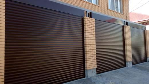 Роллеты на двери: какой выбрать материал и что следует знать