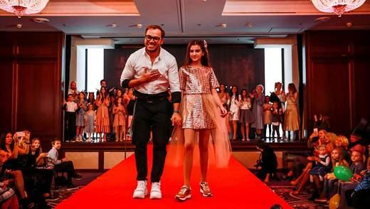 Гайтана і доньки Полякової взяли участь у показі нової колекції Андре Тана: ефектні фото