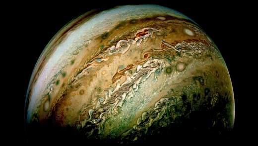 NASA показало нові неймовірні знімки Юпітера: фото