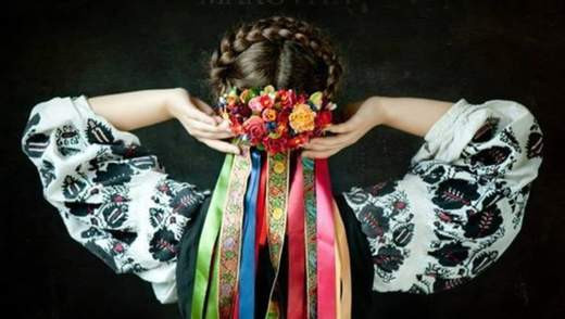 Как носить традиционный украинский венок в современном образе