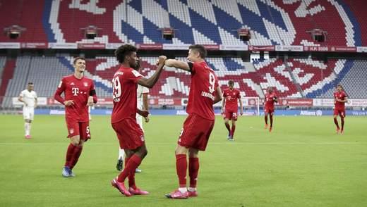 """""""Баварія"""" і """"Айнтрахт"""" забили сім голів у дивовижному матчі: відео"""