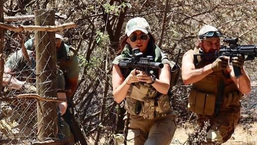Меган Фокс снялась в зрелищном боевике: официальный трейлер и постер