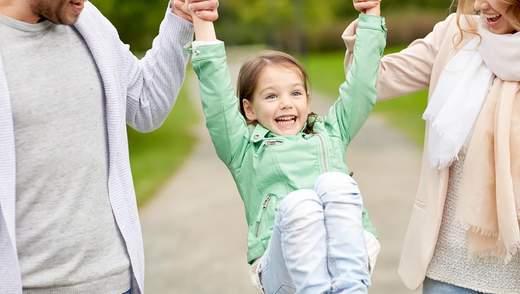 Перші дні дитини в новій сім'ї: що повинні зробити батьки після всиновлення