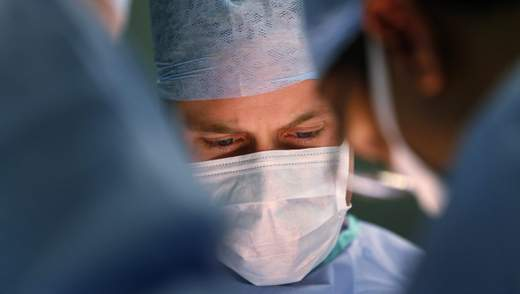 Впервые в истории Украины провели трансплантацию поджелудочной железы: фото 18+