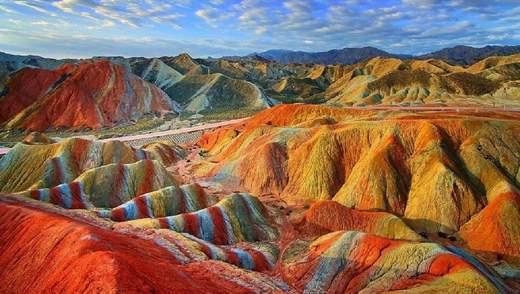 Неповторні місця планети, в існування яких важко повірити: приголомшливі фото