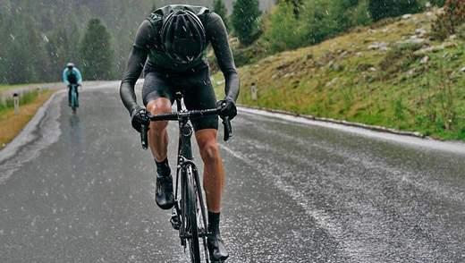 Їзда на велосипеді в дощ: корисні поради