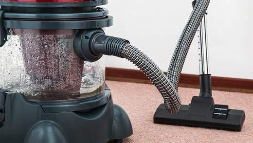 Як відчистити килим своїми руками: найбюджетніший лайфхак