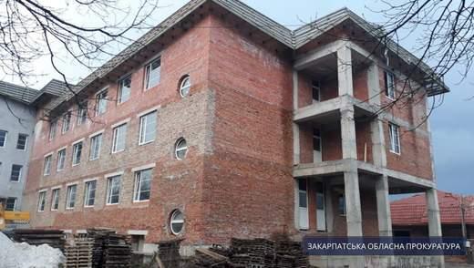 На Закарпатье разоблачили масштабную схему кражи средств на строительстве туберкулезной больницы