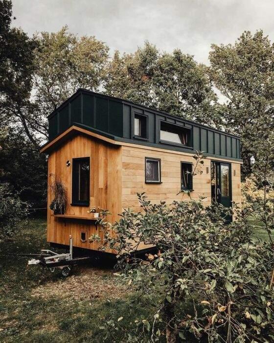 Дом гармонично вписывается в пейзаж