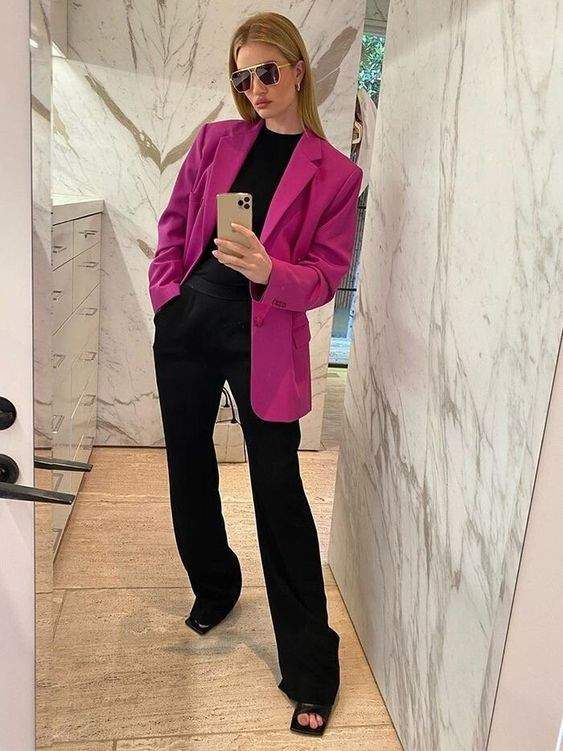 Образи на Валентина у стилі Розі Гантінгтон-Вайтлі